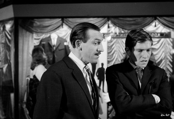 Leonard Rossiter, Tom Courtenay in a production shot from Billy Liar