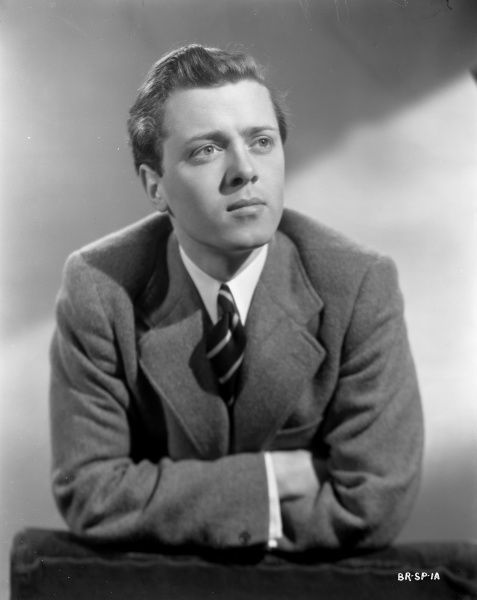 A portrait of a youthful Richard Attenborough taken to promote the release of the thriller directed by John Boulting