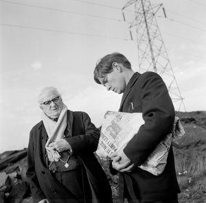 Finlay Currie and Tom Courtenay in a scene from Billy Liar (1963)