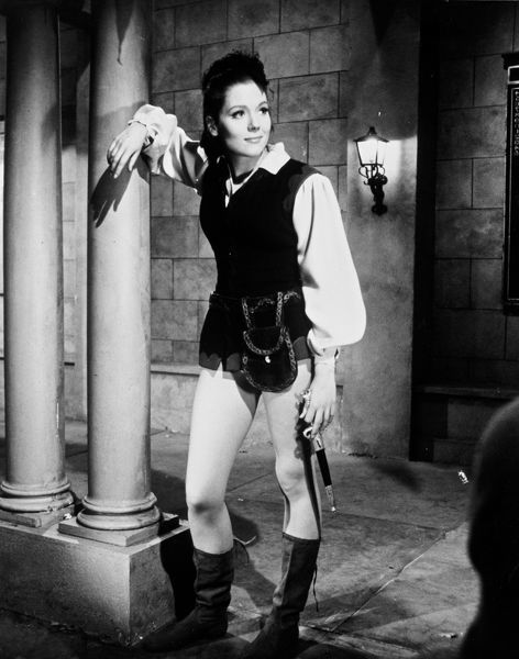 sense of history A sense of history is another classic episode, featuring a youthful cast of familiar faces recalling the earlier school for traitors (with emma peel replacing .