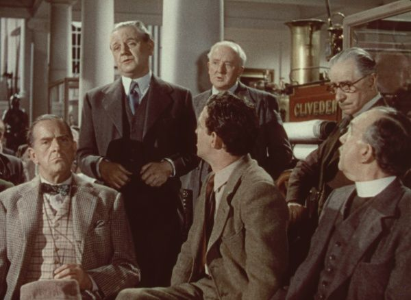 Stanley Holloway, Naunton Wayne, John Gregson, George Relph in a scene from the Ealing classic directed by Charles Crichton