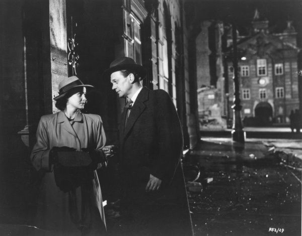 The Third Man. Alida Valli and Joseph Cotten in the Third Man