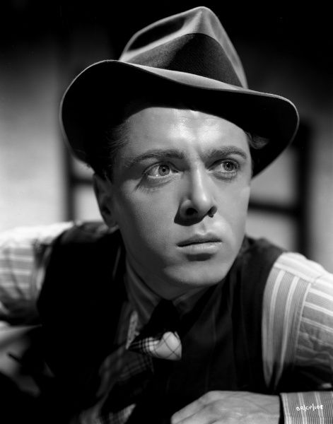 Richard Attenborough as Pinkie the gangster