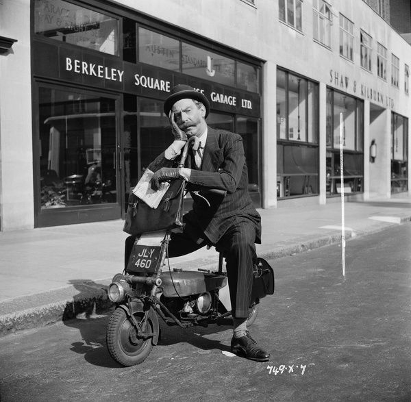 Michael Trubshawe on Berkeley Square in London in from of the Shaw and Kilburn dealership