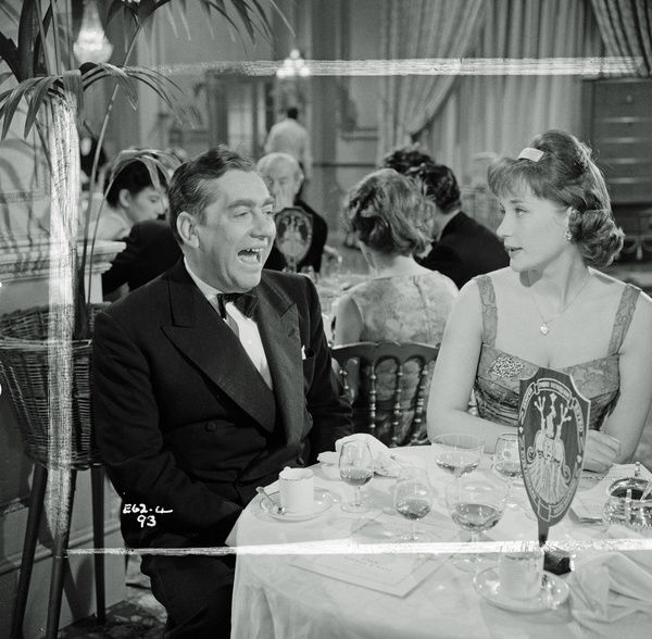 A laughing Tony Hancock and Sylvia Syms in a scene from The Punch and Judy Man directed in 1963 by Jeremy Summers