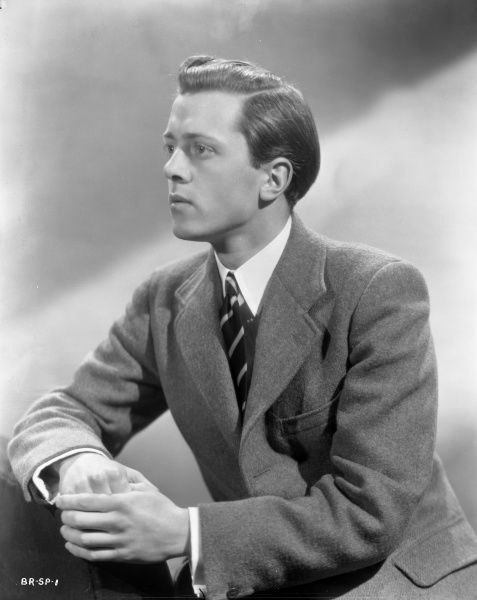 A youthful Richard Attenborough in a portrait taken to promote his role of Pinkie in John Boulting's thriller Brighton Rock based on Graham Greene's novel