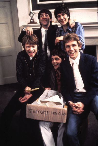 The Stray Cats. David Essex and Keith Moon in a scene from Stardust (1974)