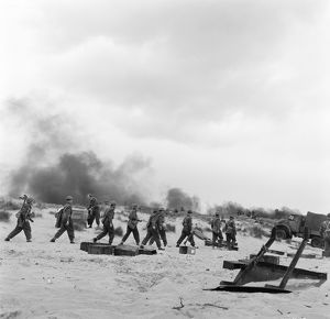 British troops under bombardment on the beach
