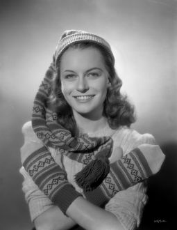 Carol Marsh smiles in a promotional image for Brighton Rock (1947)