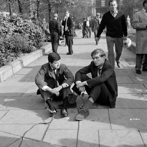 Rodney Bewes and Tom Courtenay in Billy Liar (1963)