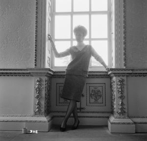 Wendy Craig in a production still image for The Servant (1963)